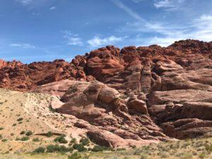 Aztec_sandstone_cliffs_Las_Vegas