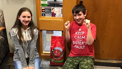 Patients of Schur Orthodontics supporting our pet food drive.
